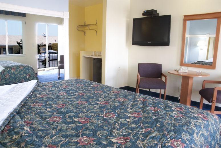 Friendship motor inn our motel rooms for Motor inn los angeles