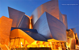 Friendship Motor Inn is just minutes from Walt Disney Concert Hall